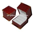 Wedding favor red earring plastic box--S001