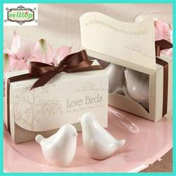 Hot sale love birds ceramic salt and pepper shaker wedding favor