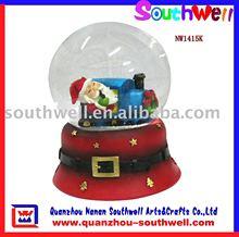 polyresin glass snowball