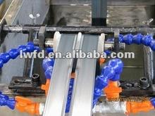 M 160/min de alta velocidad de tres capas de la hoja de un solo tipo de laberinto de riego por goteo tubo equipo