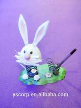 YS12382 Cute Metal rabbit pen pot decoration