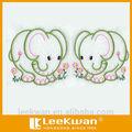 bordado de elefante feliz