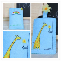 DIY Free Cutting Non-woven Farbic Blue Cover Giraffe and Rainbow Mobile Phone Cases/Cell Phone Bags for Apple