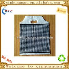 Nuovo stile polietileneadaltadensità plastica fustellati patch maniglia con fondo a soffietto borsa, rinforzata manico pugno borsa per la promozione