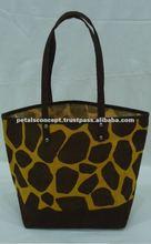 Giraffe printed jute gift bag