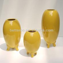 Modern design ceramic decorative vase