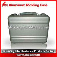 Aluminum classic camera Case with shoulder straps logo print