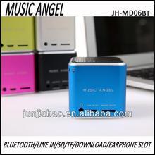 hands-free bluetooth speaker mini speaker with rechargeable battery sk-901 love speaker d