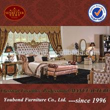 0061 2014 European new design expensive solid wood classical bedroom ,classic luxury bedroom furniture
