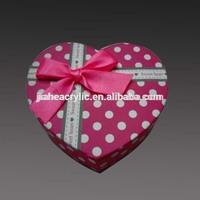 Heart shaped custom souvenir gift acrylic plastic box