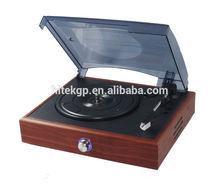 retro vinyl record player with PC link