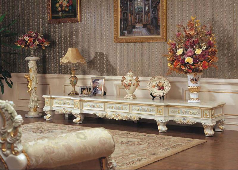 Italian style furniture antique italian living room furniture view luxury living room furniture - Decoration italien classic ...