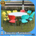 de plástico plegable silla y mesa