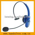 moda fone de ouvido bluetooth com um rolated com cancelamento de ruído microfone
