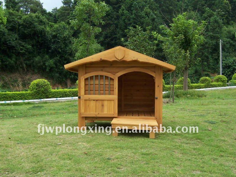 Wooden Dog Kennel with door