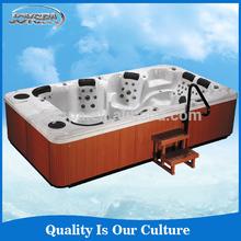 Superior rectangular 8 persons with dual zone swim spa