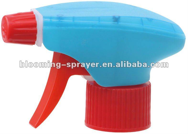 Dual shroud trigger sprayer for packing, spray/steam