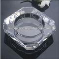 transparente tabela cinzeiro de cristal