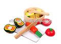 De corte de madeira brinquedos vegetais/diferentes tipos de legumes