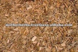 Pterocarpus Marsupium wood tea cut for antidiabetic tea