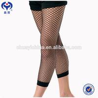 fish net stockings/ seamed stockings