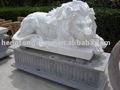 marmo bianco a pelo leone statua
