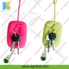boy and girl kissing magnetic couple key chain hot sell in china