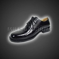Smooth black leather upper with toe cap of good quality office man shoe