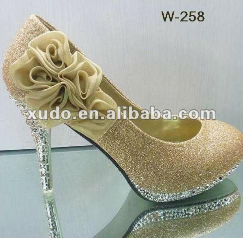 Diseño único zapatos de la señora de la decoración accesorios