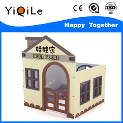 Super funny kids wooden doll house with furniture
