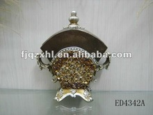 2012 fashion small size design resin box gift