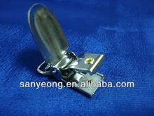suspender clips