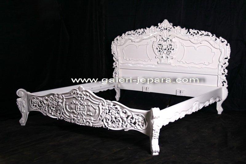 White Rococo Bedroom Furniture - Antique Reproduction Jepara Furniture