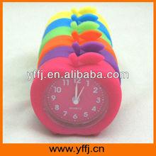2015 hot sale apple shape silicone alarm clock