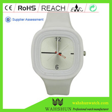 Unisex eco-friendly interchangeable strap cheap fashion Jelly promotional silicon watches