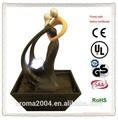 estatua abstracta de amor de regalo de escritorio de la fuente