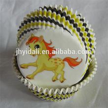 greaseproof paper cake cup witn cute animal