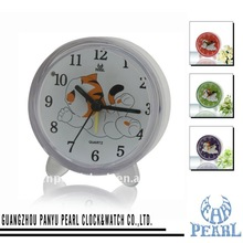 Sweep Alarm Table Clock PT186