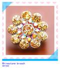 2014 new design small rhinestone crystal brooch