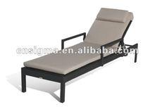 Elegant outdoor synthetic rattan outdoor cheap garden sun loungers