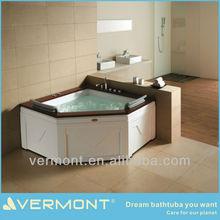 wooden model bathtub
