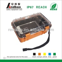 Plastic carrying case for mobile