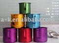 Vaso de aluminio de colores con adornos