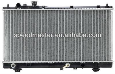 Auto del radiador para MAZDA PROTEGE L4 1.6 / 1.8 / 2.0L 1999 - 2003 2002 2001