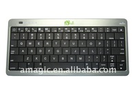 Universal power bank plus Bluetooth keyboard
