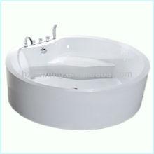 Small Freestanding Round Soaking Bathtub with Seat