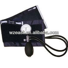 Blood pressure kit Palm type aneroid manual sphygmomanometer