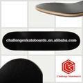Planche à roulettes d'érable dur, en fibre de verre