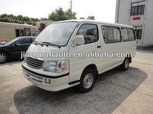 hiace minibus JNQ6495