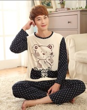 2014 n  Men Women Autumn and winter Long-sleeved cotton pajamas suits couples Free shipping  Men and women home service package(China (Mainland))